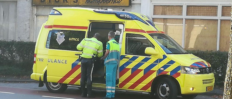 Gewonde bij ongeval tussen auto en motor op Kerkplein in Assen