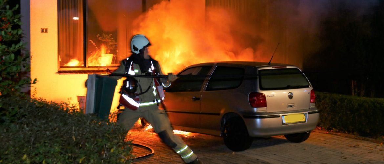 Auto in vlammen op in Gasselternijveenschemond