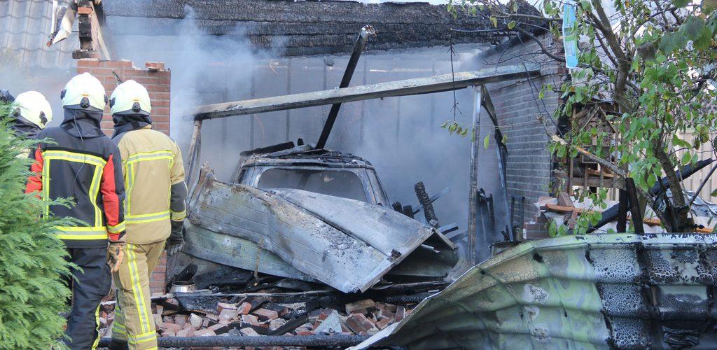 Explosie in een schuurtje aan de Laaghalerstraat in Hooghalen