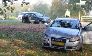 Ongeval met twee voertuigen op de Beilervaart in Beilen