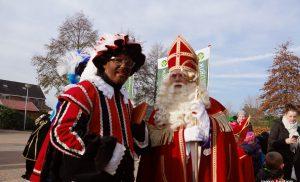 Intocht Sinterklaas in de wijken Kloosterveen en Peelo