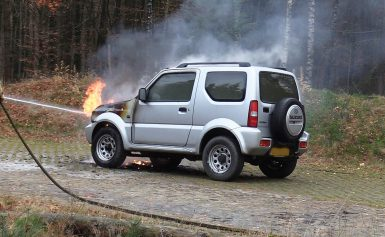 Autobrand in Staatsbos bij Gasselte