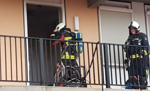 Brand in appartement ontdekt na afgaan van brandmelder in Assen