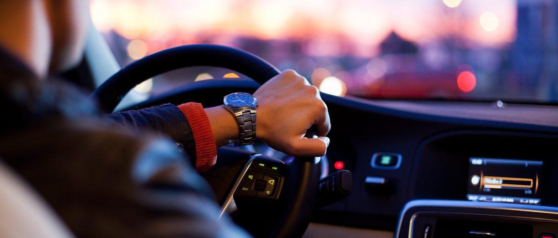 Autobezitters in Drenthe betalen hoogste tarief wegenbelasting