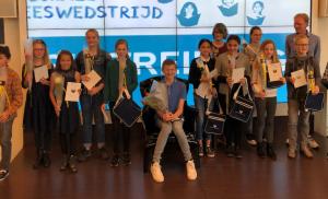 Stijn Kooij wint Asser finale van Nationale Voorleeswedstrijd