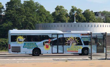 In juli en augustus Zomerbroezz'n met de bus