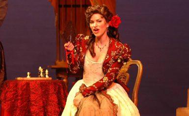 Kom naar de openlucht opera De Ridder van Pittelo