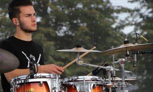 Nieuwe drumleraar bij Asser Drumschool Daisybell