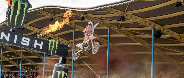 Assen maakt zich op voor grootste motorcrosswedstrijd ooit in Nederland