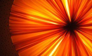 Assen kleurt oranje als protest tegen vrouwengeweld