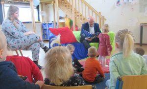 Wethouder opent Nationale Voorleesdagen met kinderen Kids First