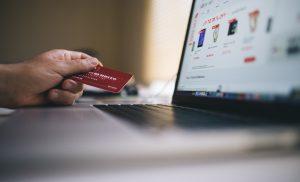 Coronacrisis jaagt online winkelen aan in het tweede kwartaal
