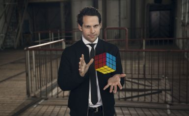 Illusionist Victor Mids opent brainsweek Kids First