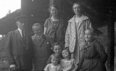 Zoeken naar je voorouders tijdens Maand van de Drentse familiegeschiedenis