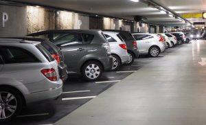 College stelt gratis kortingskaarten voor parkeergarages beschikbaar